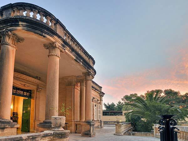 Corinthia Palace Hotel & Spa photo